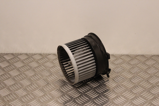 Nissan Qashqai Heater Blower Motor removed from another vehicle - Gerlan  Car Parts