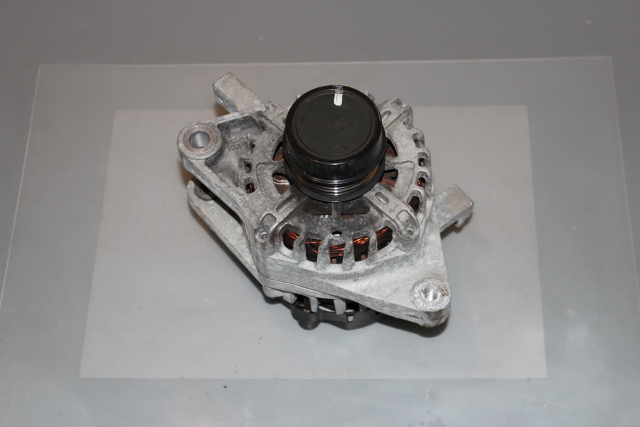 2012 Toyota Yaris 1.3L Petrol Alternator